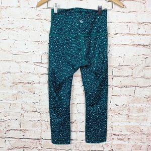 Lululemon Wunder Under Cropped Moutain Peaks Teal